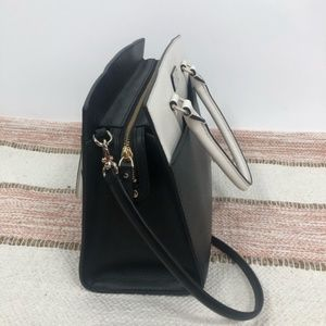 kate spade Bags - Kate Spade Black and White Leather Tote